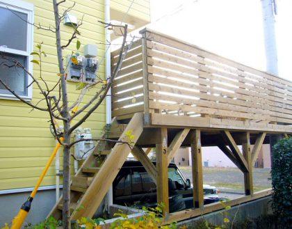 神奈川県厚木市の車庫上・ガレージウッドデッキ施工例