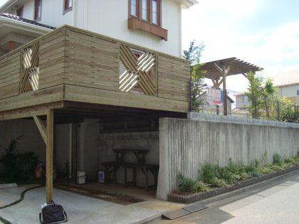 神奈川県川崎市麻生区の車庫上・ガレージウッドデッキ施工例