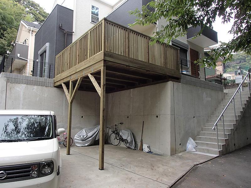 神奈川県横浜市磯子区の車庫上・ガレージウッドデッキ施工例