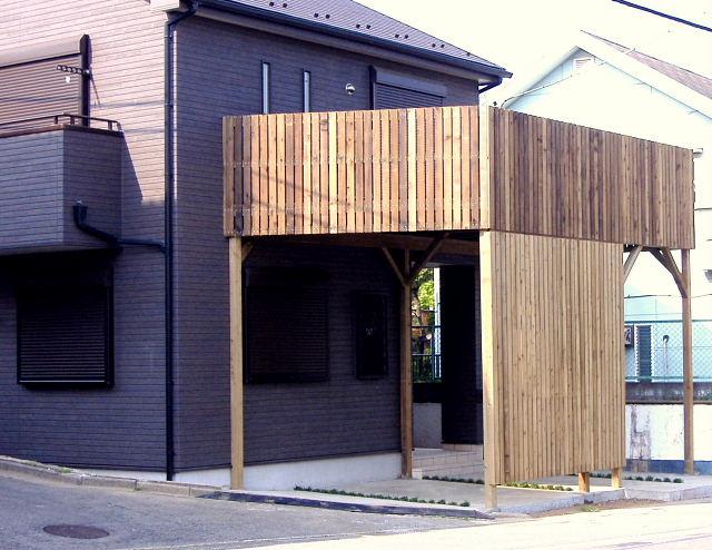 埼玉県狭山市の車庫上・ガレージウッドデッキ施工例