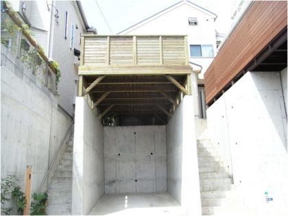 神奈川県横浜市磯子区の傾斜地・ハイデッキウッドデッキ施工