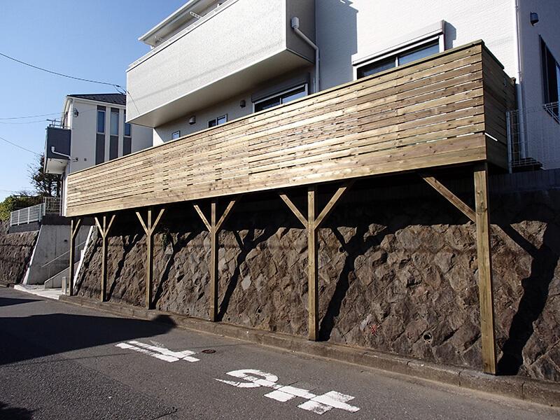 東京都町田市の傾斜地・ハイデッキウッドデッキ施工例