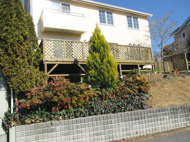 茨城県つくば市 の傾斜地・ハイデッキウッドデッキ施工例