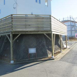 千葉市緑区 傾斜地ウッドデッキ施工